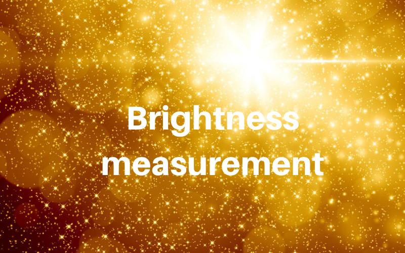 Misura della brillantezza con il glossmetro